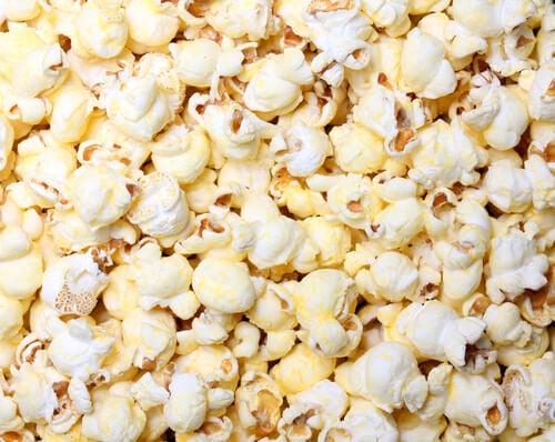 Popcorn är naturliga och nyttiga snacks