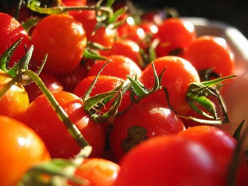 Tomater är laxerande