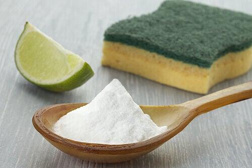 Rengöra hemmet med bikarbonat
