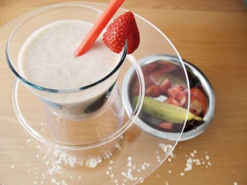 jordgubb, banan och havremjölk