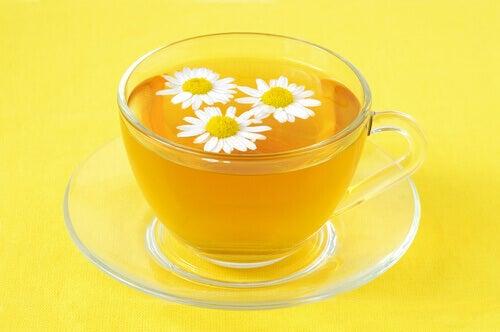 Kamomill: naturlig behandling för att motverka hemorrojder