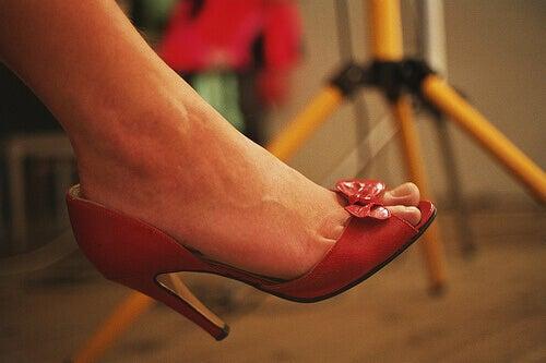3 cm klack balanserar foten