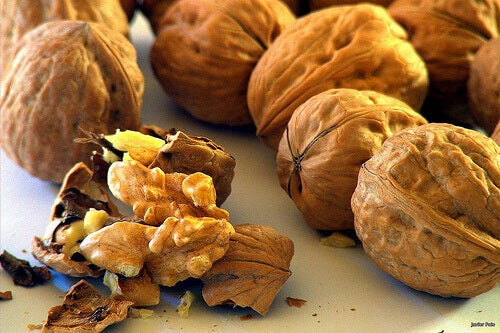 Valnötter skyddar ditt hjärta