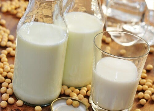 Mjölk gjord på sojabönor