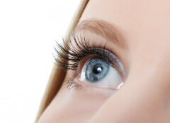 Hur man gör så att ögonfransarna växer