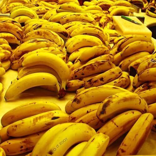 Klasar med bananer