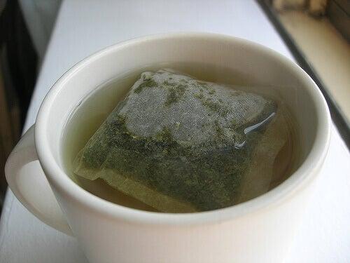 Grönt te innehåller mycket antioxidanter