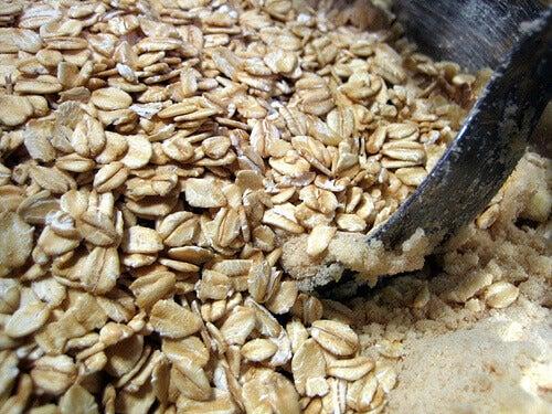 Havregryn kan hjälpa till att minska dina triglyceridnivåer