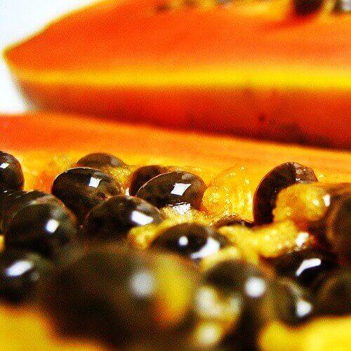 Skönhetstricks med papayafrön