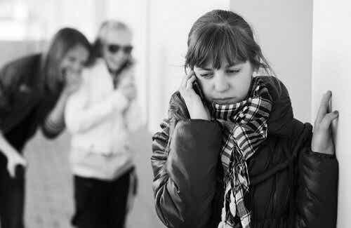 Fyra tecken på att en vän utnyttjar dig