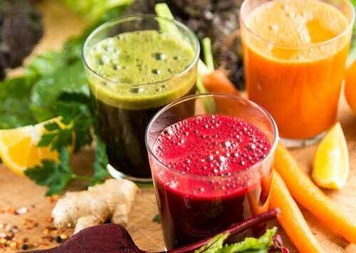 Fruktjuicer för snabb och hälsosamt viktminskning