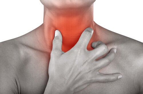ont i bröstbenet hosta