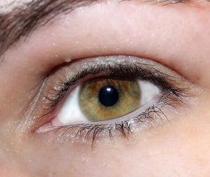få ljusare ögon