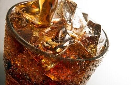 Kolsyrad dryck