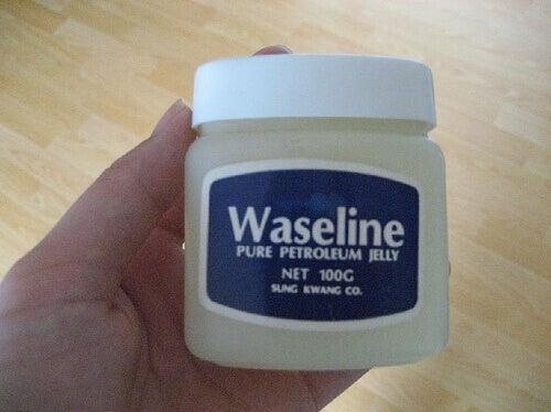 vad använder man vaselin till