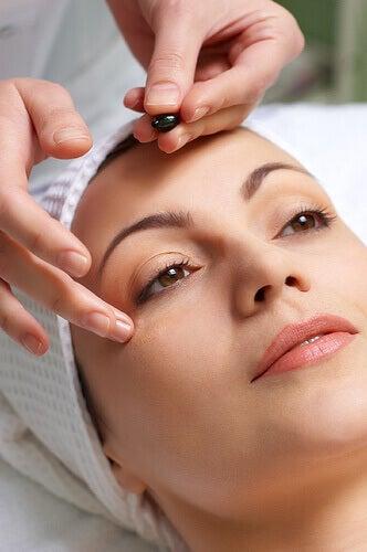 Massage är bra för överansträngda ögon