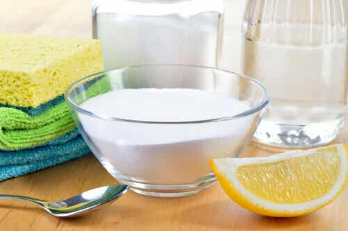 Naturliga produkter för att rengöra hemmet
