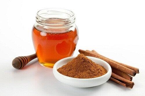 7 fördelar med kanel och honung