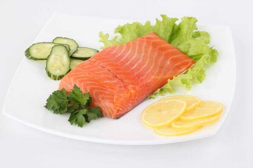 Omega-3 och 5 fettsyror finns i höga koncentrationer i fisk.