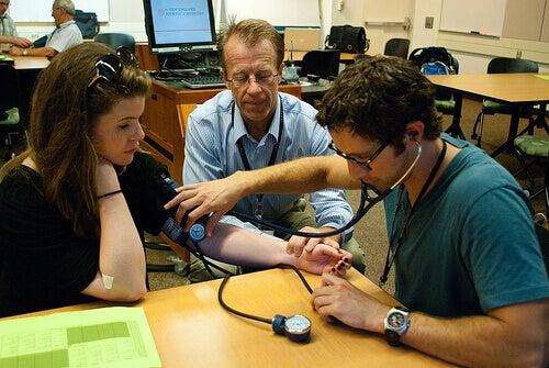 Högt blodtryck kan orsaka stroke