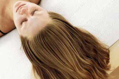 Enkla och Effektiva Knep för Att Få Håret att Växa Snabbare