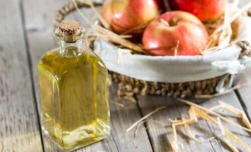 Åtta användningar för äppelcidervinäger