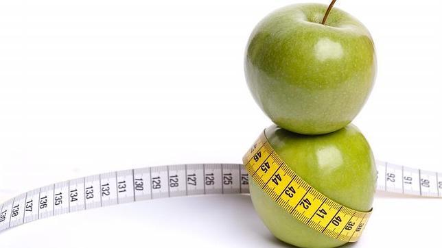 Äpplen är bland de frukter som ger dig en plattare mage