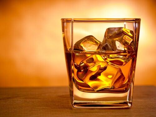 whisky i glas