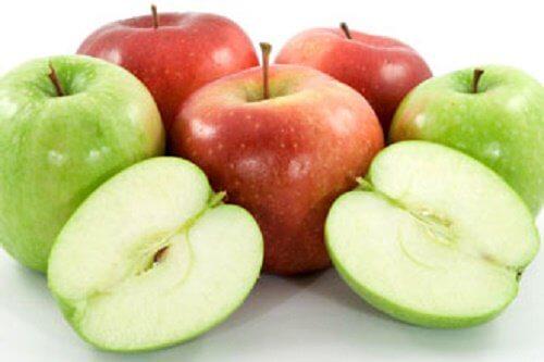 äpplen är fördelaktiga för din lever