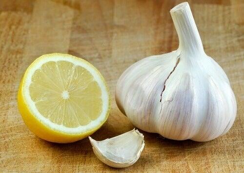 Den fantastiska citron- och vitlökskuren