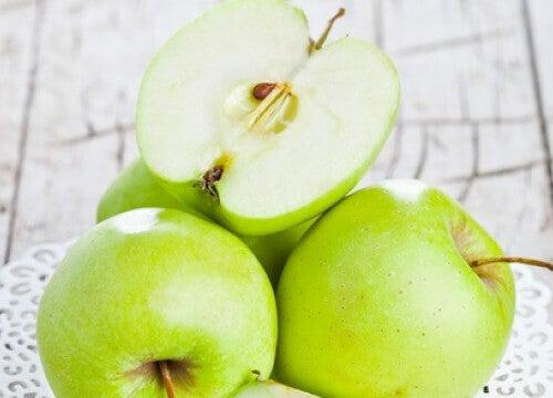 Kan ett äpple om dagen skydda dig mot fetma?