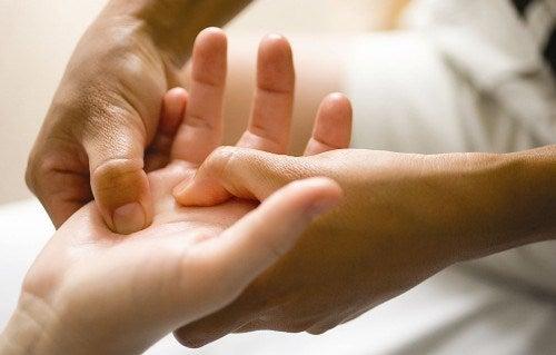 massage kan lindra smärtan