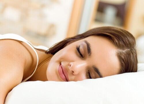 Sover gott