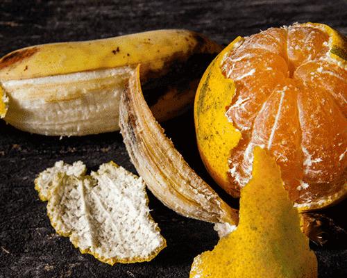 Släng aldrig banan- och apelsinskal