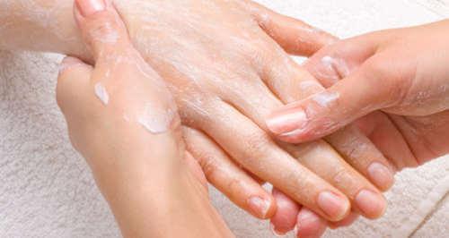 bikarbonat för huden och håret