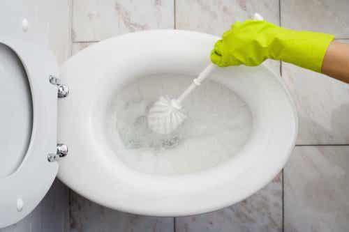 Miljövänliga sätt att rengöra badrummet