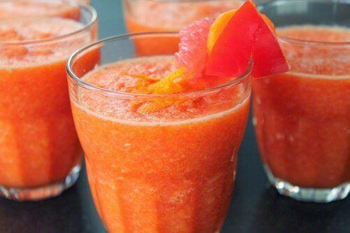 Tappa vikt med grapefruktjuice efter måltider