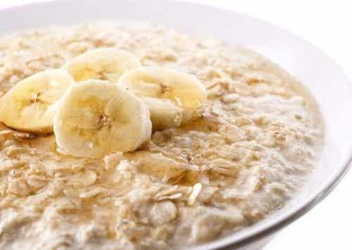 11 fördelar med havre plus ett frukostrecept