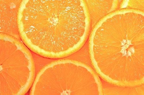 Orangea apelsinskivor