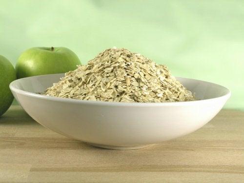 Havregryn och gröna äpplen