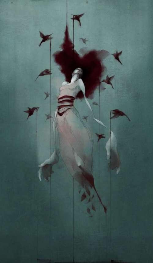 Teckning-av-kvinna-som-håll-upp-av-fåglar.