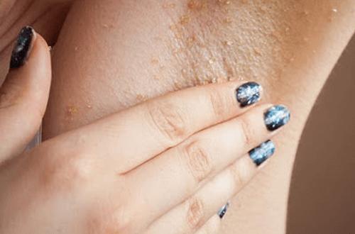 Enkla knep för att bleka armhålorna