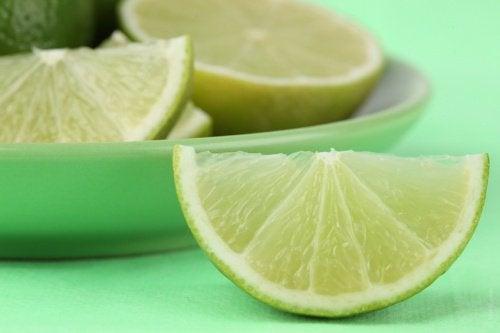 Limefrukt är ett livsmedel som sänker blodtrycket