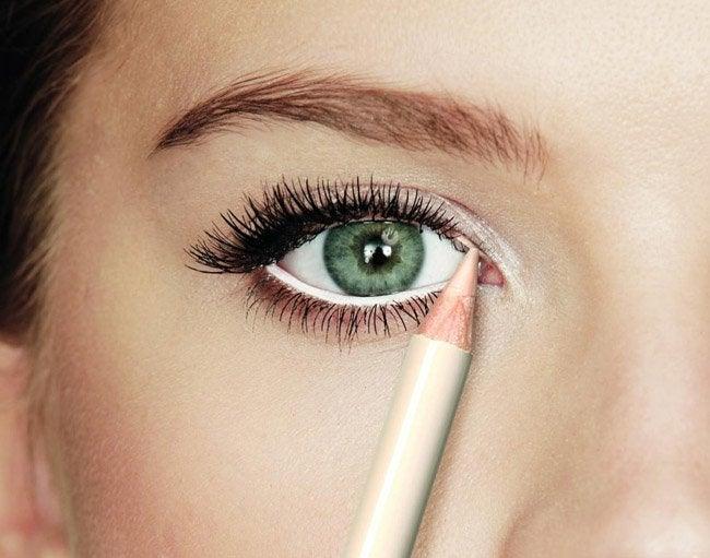 Vit eyeliner