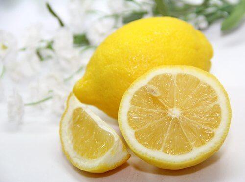 Citronjuice är blekande