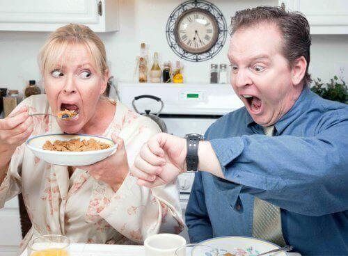 Att missa frukosten orsakar viktökning