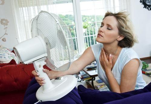 Hur du motverkar värmevallningar under klimakteriet
