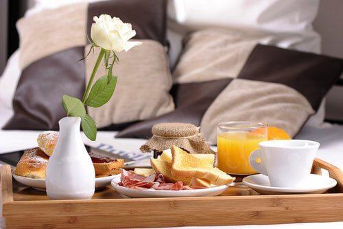 äta frukost