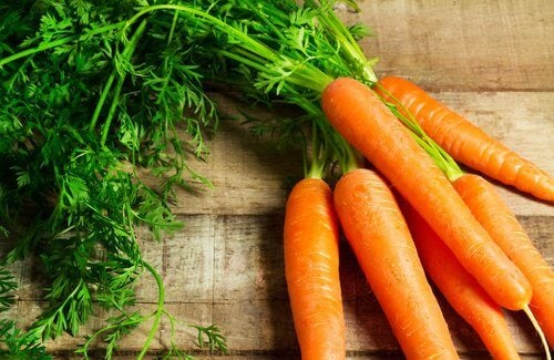 knippe-med-morötter