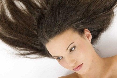 Hur du får håret att växa snabbare